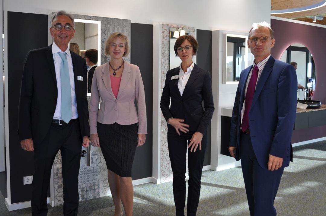 Premiere im Unternehmerpark Kottenforst - Josef Küpper Söhne GmbH eröffnet energieautarke Filiale